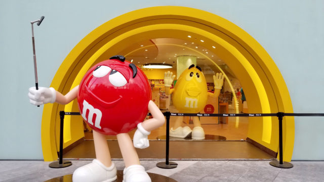 M&M'S Character Moment Photo Ops