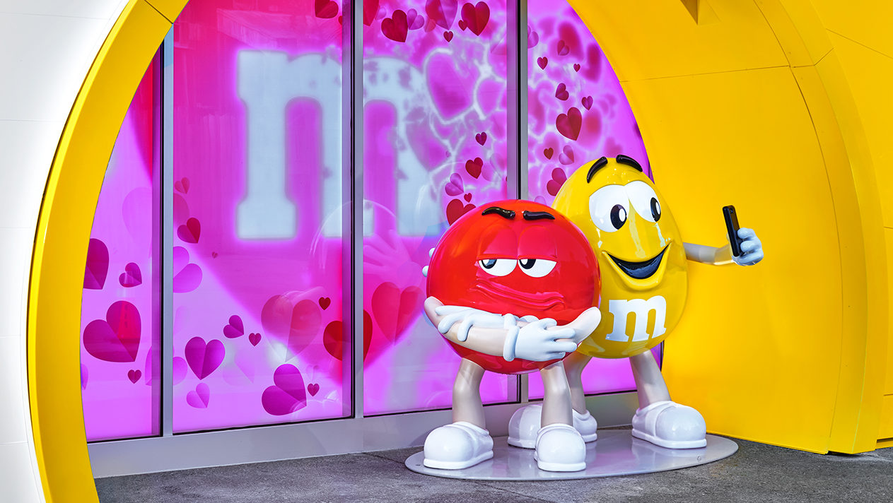 M&M'S at Disney Springs Character Photo Ops